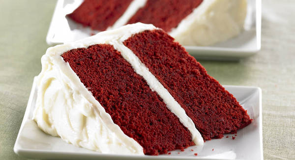 Red Velvet Cake with Vanilla Cream Cheese Frosting