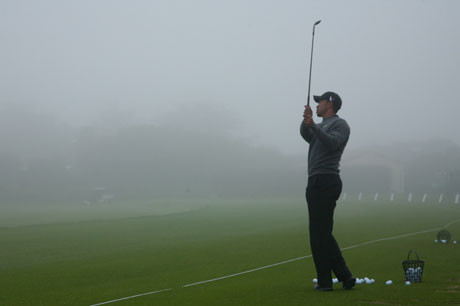 Tiger-Woods-Practicing-Alone